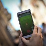 «Pokémon GO»: Pourquoi le jeu met-il si longtemps à sortir en France?