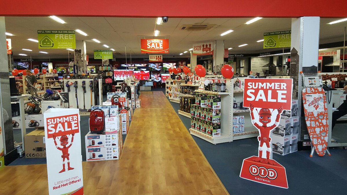 Head into your local DID Electrical store this weekend for unbeatable summer offers! #FridayFeeling https://t.co/W0MLpcLWzK