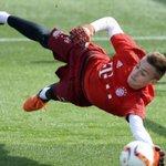 Le Bayern Munich a promu dans léquipe première Christian Früchtl, âgé de seulement 16 ans. https://t.co/iQ3Rd0TTsE