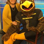 Seymour may get his feathers wet at tonights USM Beach Bash in LB. Event details on Midday. @WLOX @USMGulfPark #USM https://t.co/9HXw7Dq1Ga