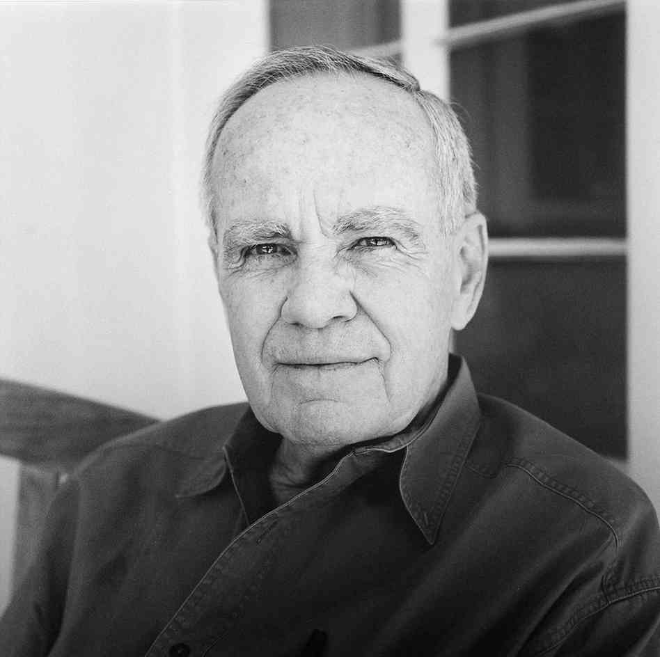 """""""You never know what worse luck your bad luck has saved you from."""" —Cormac McCarthy, born #onthisday in 1933 https://t.co/ZcUA67gUsr"""