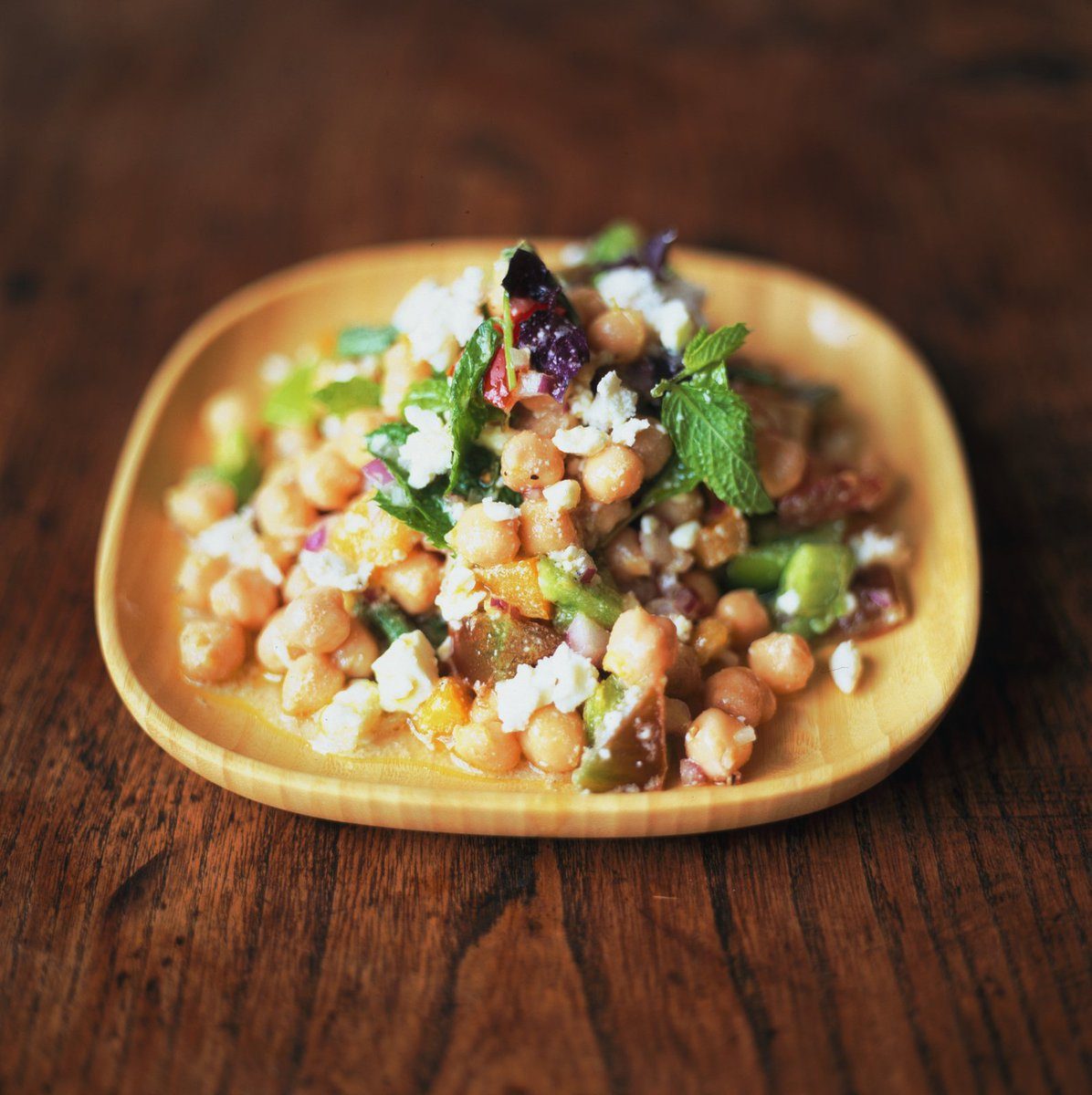 If you ask me, we just don't use chickpeas in enough stuff – try this salad https://t.co/vMuNocOJYA #recipeoftheday https://t.co/DQCUyh7UT7