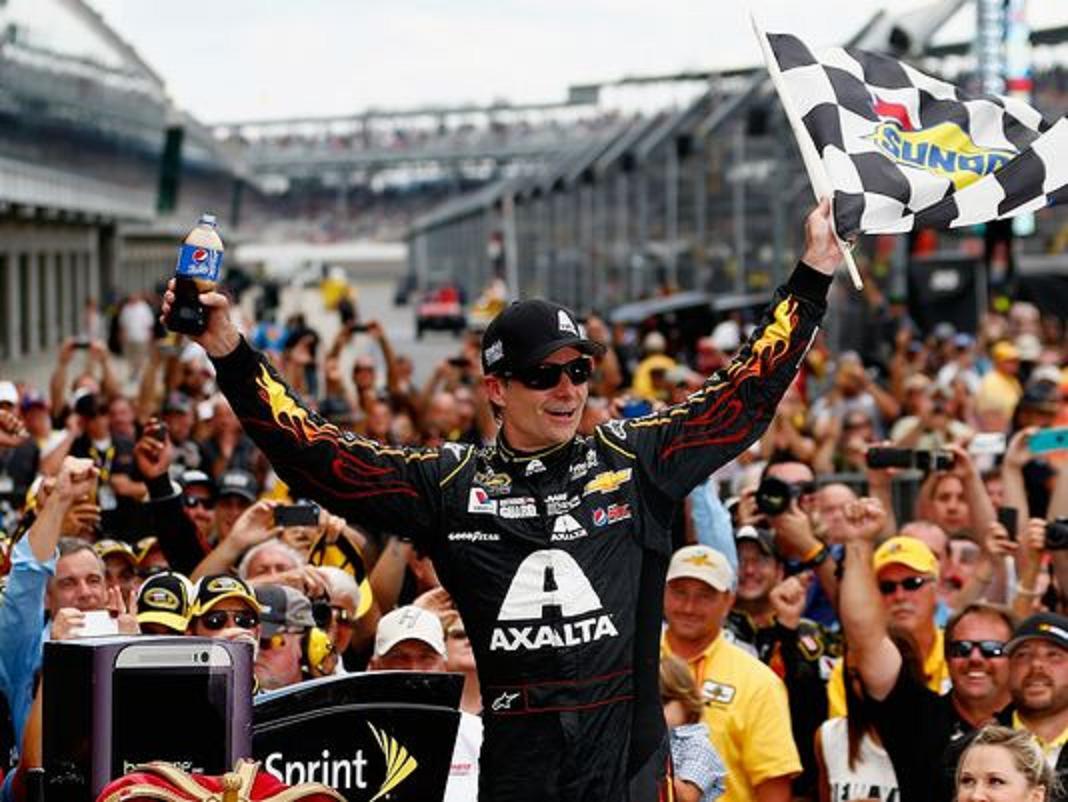 .@NASCAR #Legend, 4x #Champ, Future #HallOfFamer, @JeffGordonWeb to race #Indy #Pocono 4 Jr! https://t.co/cWRvX7fcmV https://t.co/HPIPZmvQym