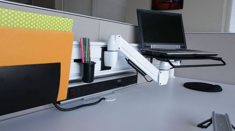 The days of struggling to reach dusty wires are over—the Elevator CPU Holder is fully articulating. #ergonomics