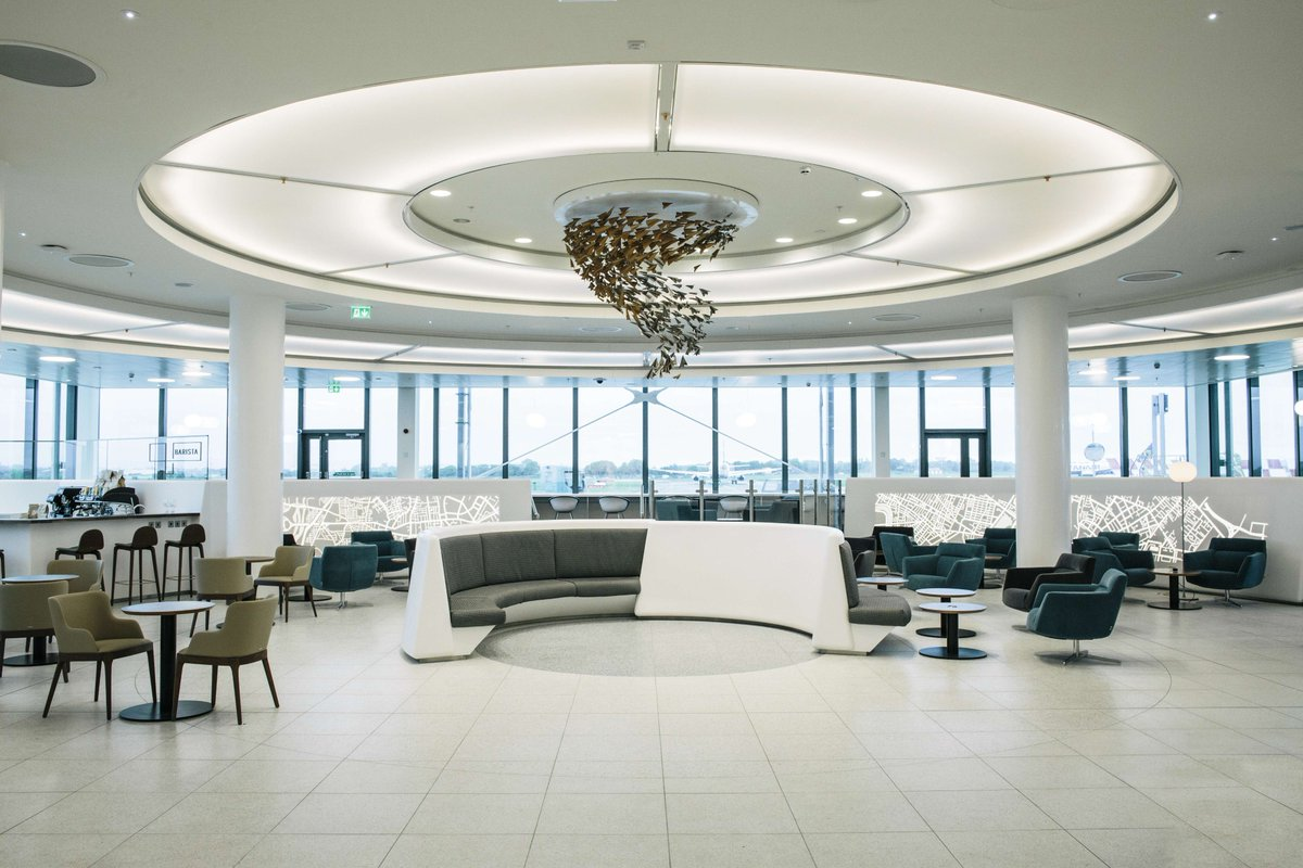 .@Delta's new business class lounge amps up travel experience at Dublin Airport.
