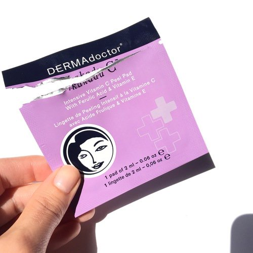 """One of the best brightening pads on the market""-- @TheBeautySurfer. Read her full review: https://t.co/6JMr098evk https://t.co/qcFEVa9T9R"