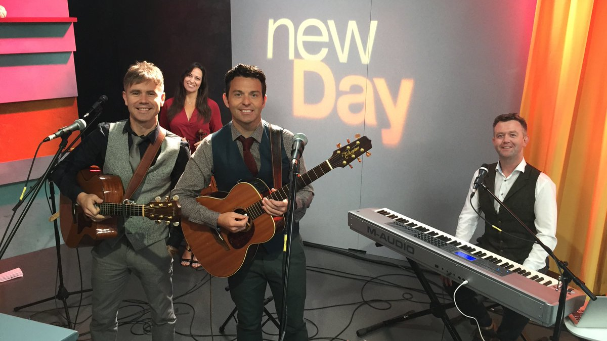 Now on #NewDayNW: @byrneandkelly is here performing ahead of their show in #Seattle tonight! https://t.co/7CmizKPy2F
