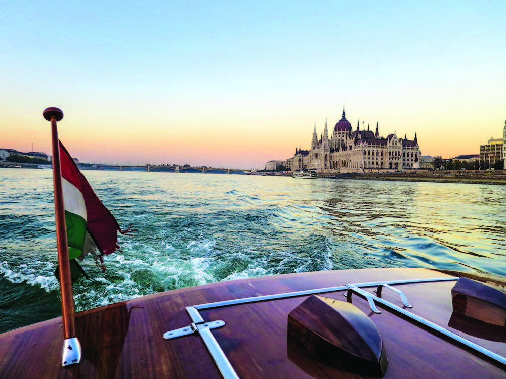 Discover Budapest 2 ways. @enRoutemag showcases our newest int'l destination on any budget.