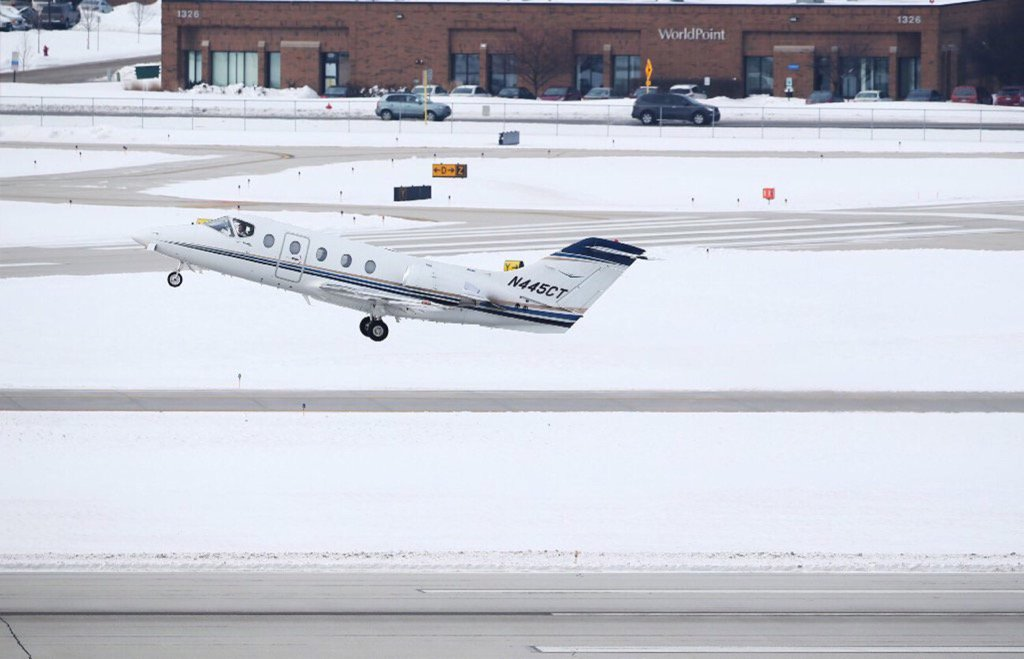 Chicago Executive Airport rejects self-serve fuel for small planes, despite pilots' pleas