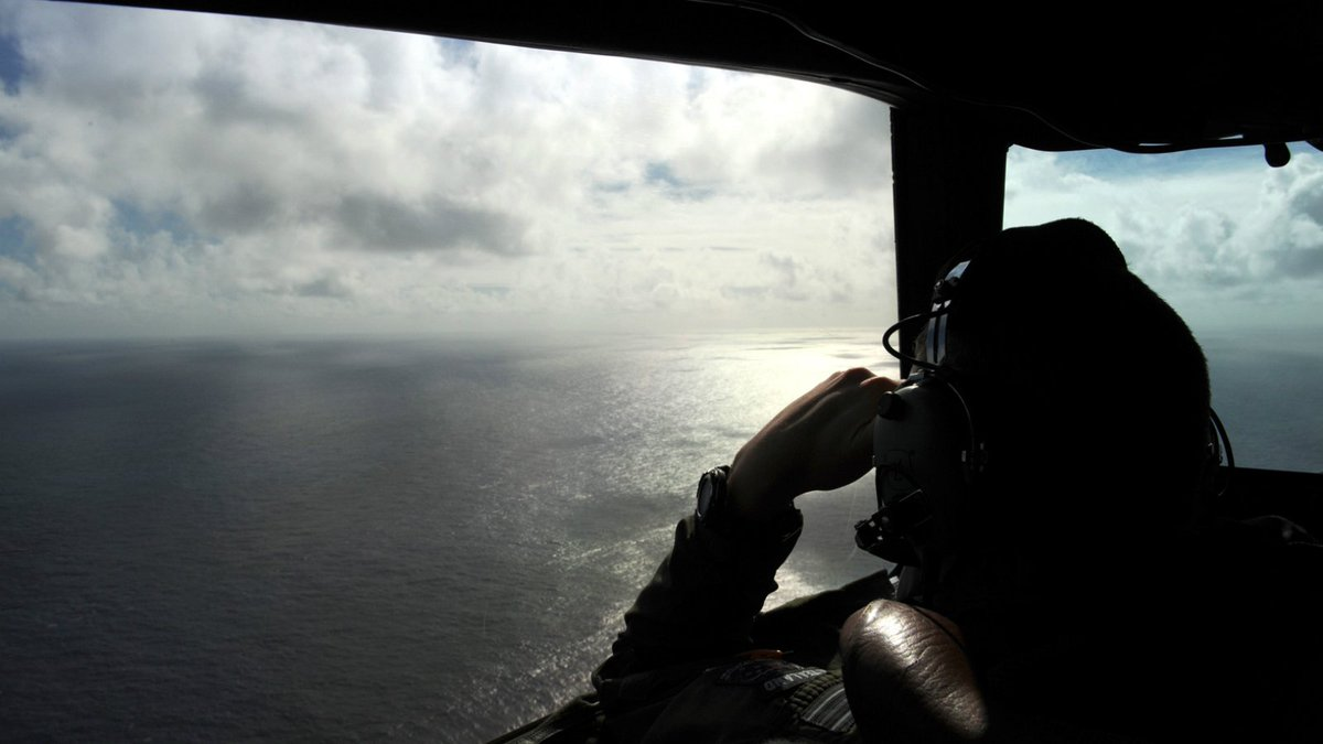 3 nations agree to suspend search for MH370