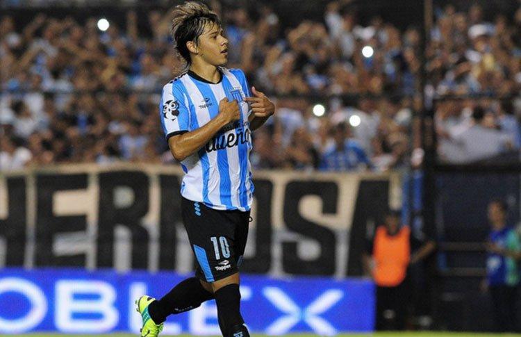 """Daniel Campos: """"Cualquier otro jugador sale corriendo por la oferta de EEUU, Romero se quiere quedar"""" https://t.co/ExXgo1Nptv"""