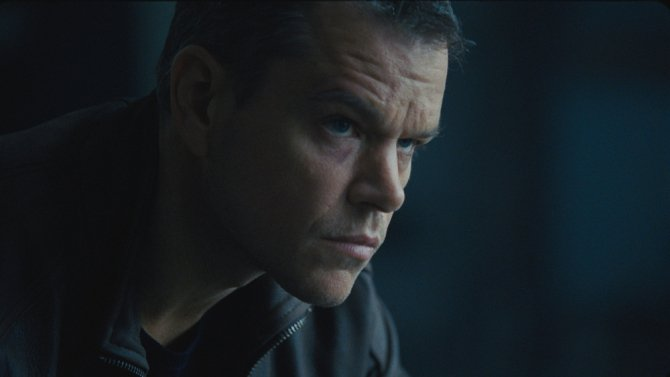 Matt Damon speeds through streets in new JasonBourne clips