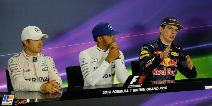 Tien seconden straf voor Nico Rosberg, Max Verstappen schuift op naar de tweede plaats!! https://t.co/xRHLBpn9GP https://t.co/syJPCFIk5G