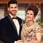 Here are first pictures from Divyanka Tripathi and Vivek Dahiya's Chandigarh reception!