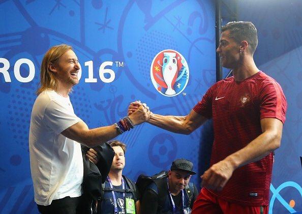 I'm sad for  France but ... Congratulations Portugal #POR ! #EURO2016 #FRAPOR https://t.co/KC79xlqsbd