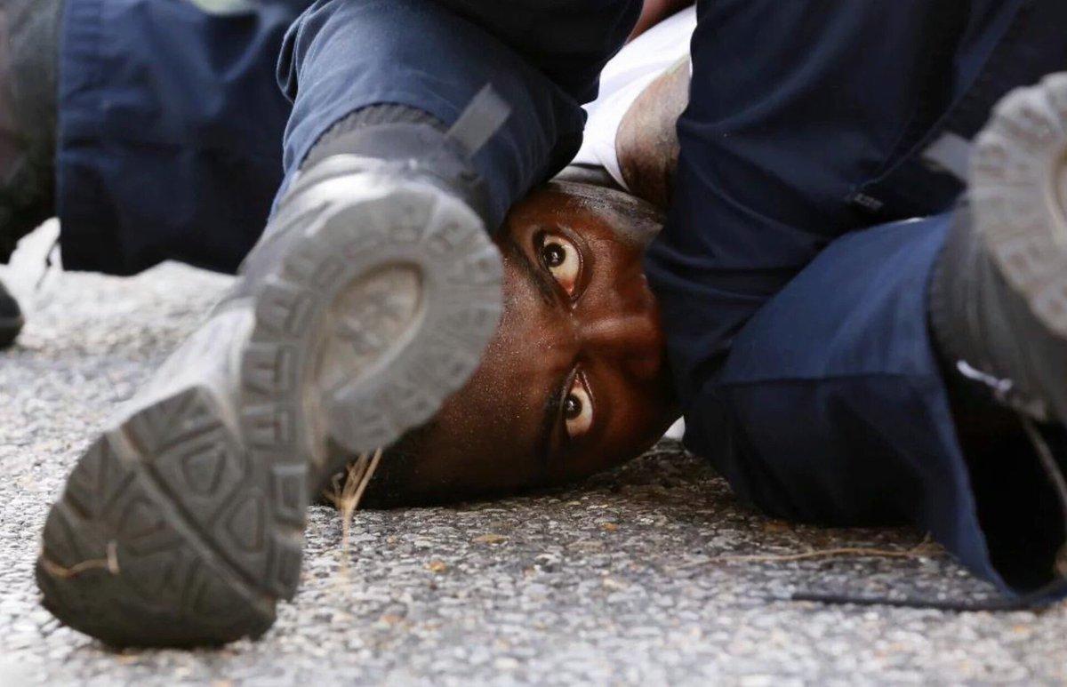 Legendary photos by Jonathan Bachman/Reuters #BlackLivesMatter https://t.co/5WLJew8Pht
