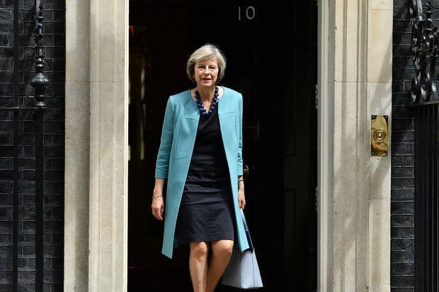 """GB: """"Brexit signifie Brexit"""" et """"nous en ferons un succès"""", affirme Theresa May https://t.co/gqa4TS2IbB https://t.co/GJZ8KwfcEU"""