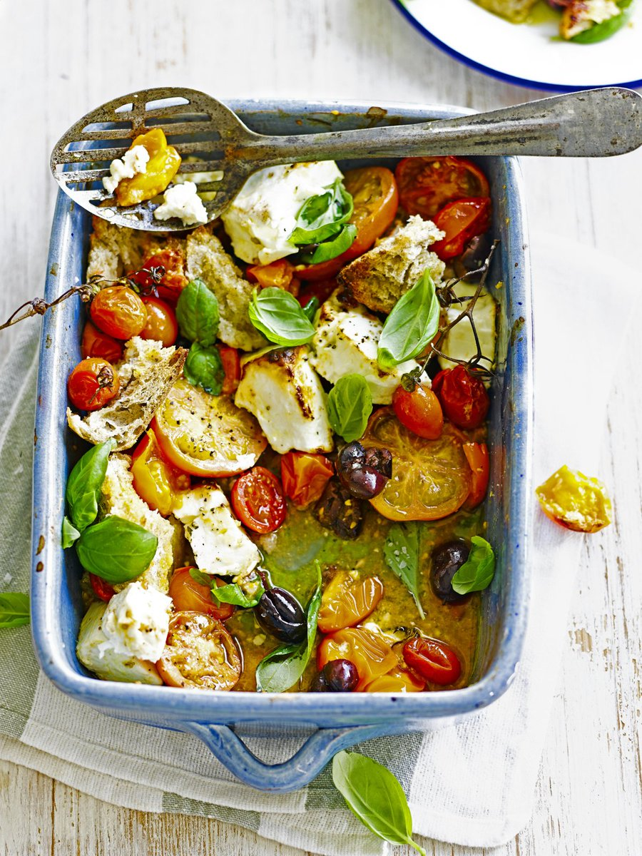 A great #veggie starter, this recipe pairs fresh tomatoes with salty feta: https://t.co/0mQl2hwn66 #recipeoftheday https://t.co/v3poJN9BHE