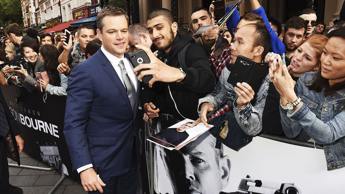 JasonBourne premiere: Matt Damon poses with fans in London. More red carpet photos: