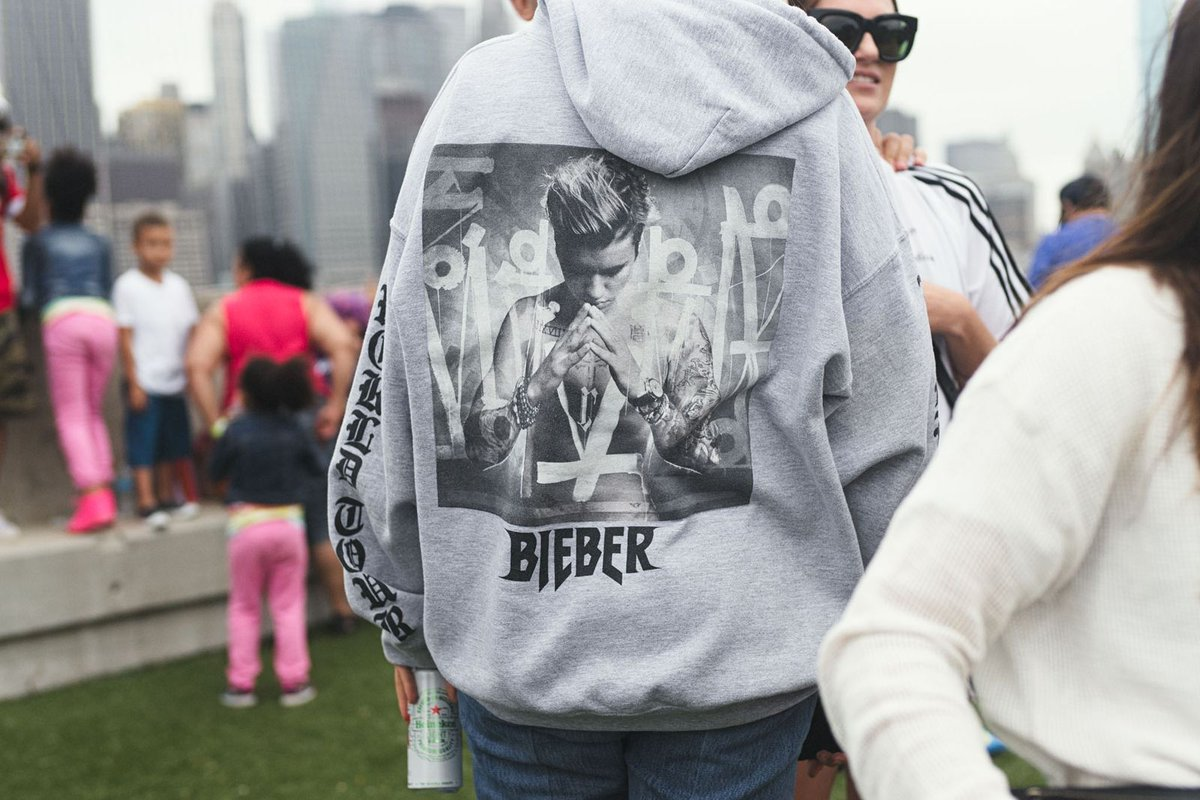 Spotted at #AdidasFanatic this weekend: @justinbieber merch https://t.co/Gq2rFERlRc https://t.co/DEdh7ELJnO