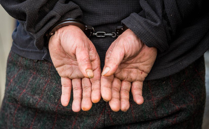 Alaska Gov. Walker signs crime reform bill into law