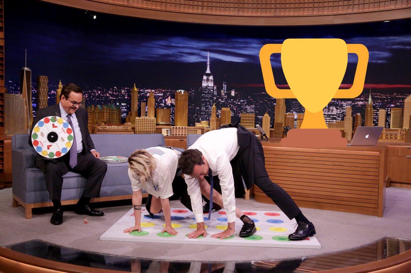 Jell-o Twister #FallonTonight https://t.co/9uCvnMopAO