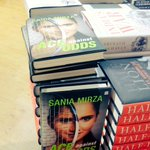 RT @ShivaniGupta_5: At the Delhi international terminal today #AceAgainstOdds  @MirzaSania https://t.co/3KsYodIr3a