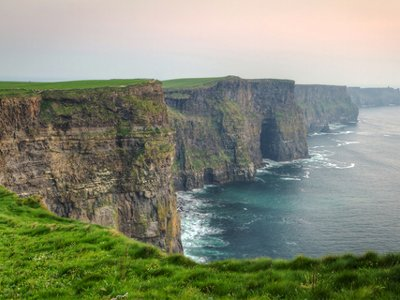 YVR's new weekly Travel Deal features non-stop flights to Dublin on @AirCanadarouge.
