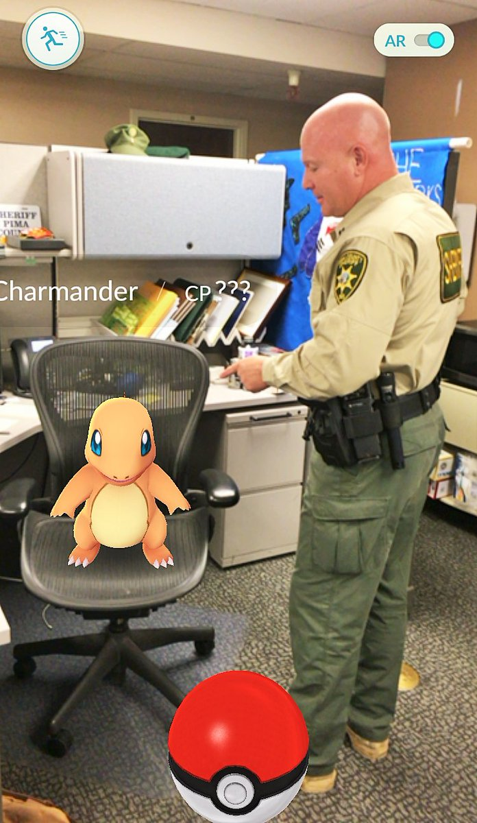 Capt. Ponzio found a #Charmander! Please remember to stay aware of your surroundings while playing #PokemonGo https://t.co/QhsYJHQehs