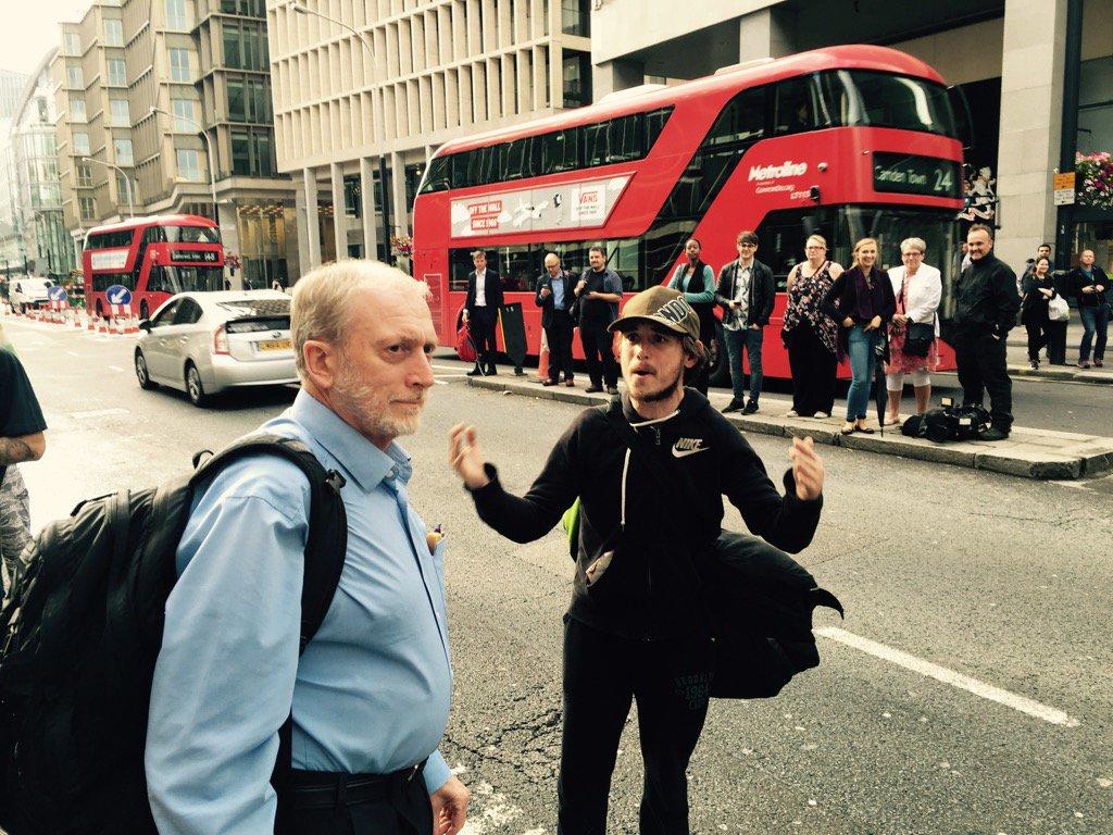 Bewildered Jeremy Corbyn lookalike berated by protestor outside Labour NEC meeting https://t.co/Jo7ByFpMak
