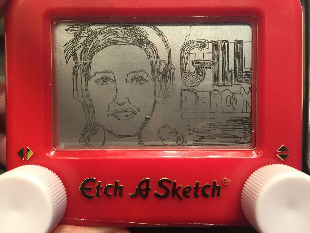 Here's the etched @gilldeacon Now that's a talent! Happy World Etch-A-Sketch Day #Toronto https://t.co/D4ewIKUI1P