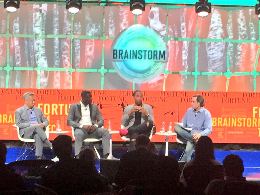 Good talking bus. beyond the court w/ @Money23Green & Tsujihara.#FortuneTech @uninterrupted https://t.co/SLXAMQnoQS https://t.co/jrml577kyE