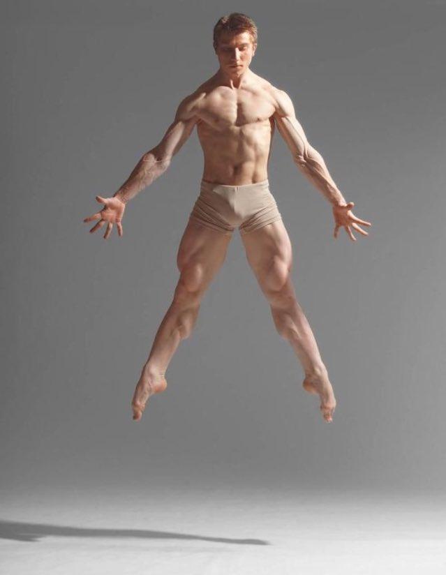 Обнаженные Мужчины Танцуют