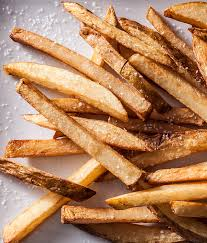 #Fact French Fries got their name from the way the potatoes are cut; 'Frenched' potatoes. #NationalFrenchFryDay https://t.co/xcVD6cdGbr