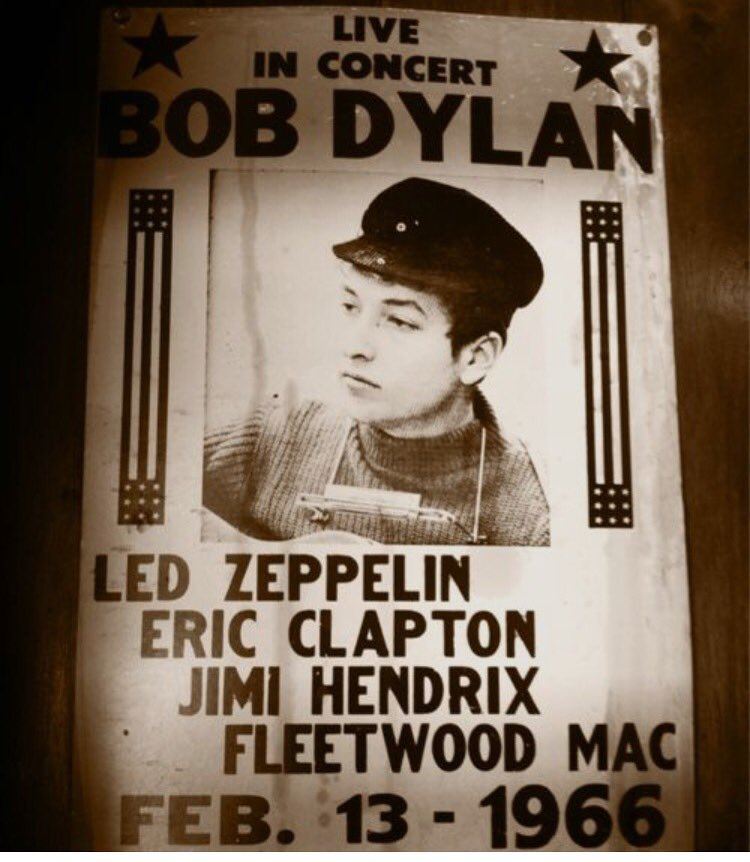 Going out on a limb here... But guessing that was probably a pretty good show. #bobdylan #ledzeppelin #jimihendrix https://t.co/fUVLVhips0
