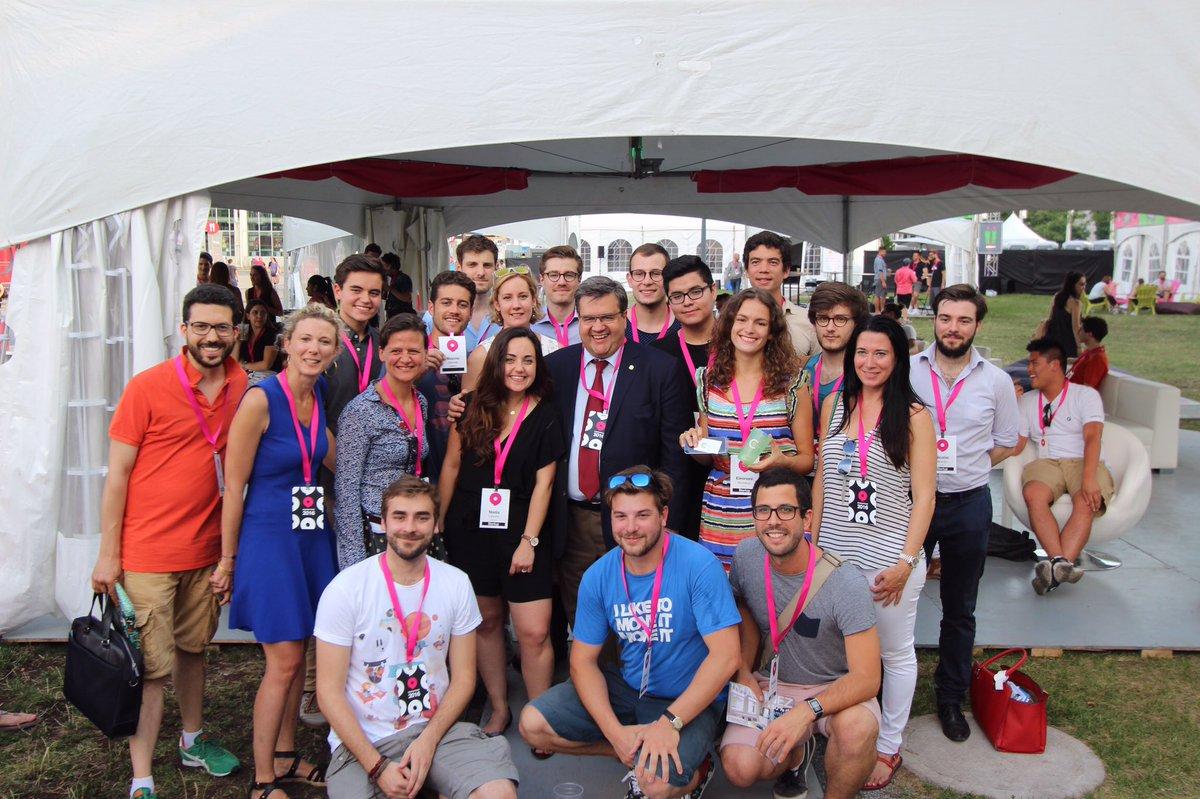 Toujours un plaisir d'avoir @DenisCoderre parmi nous pour accueillir les Startups de partout dans le monde! https://t.co/YLefu05Elu