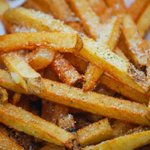 Happy National French Fry Day! Here are 10 best places to get fries in #COSprings: https://t.co/SUd5QYozo8 https://t.co/Ae4wOMCOsE