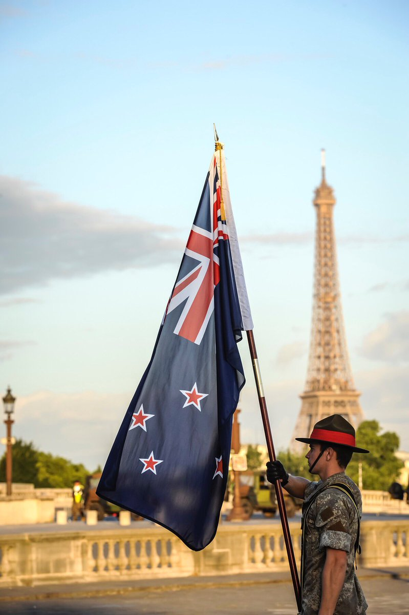 The NZDF contingent is honoured to be marching in the #14juillet military parade in Paris today https://t.co/khKK07xjRt