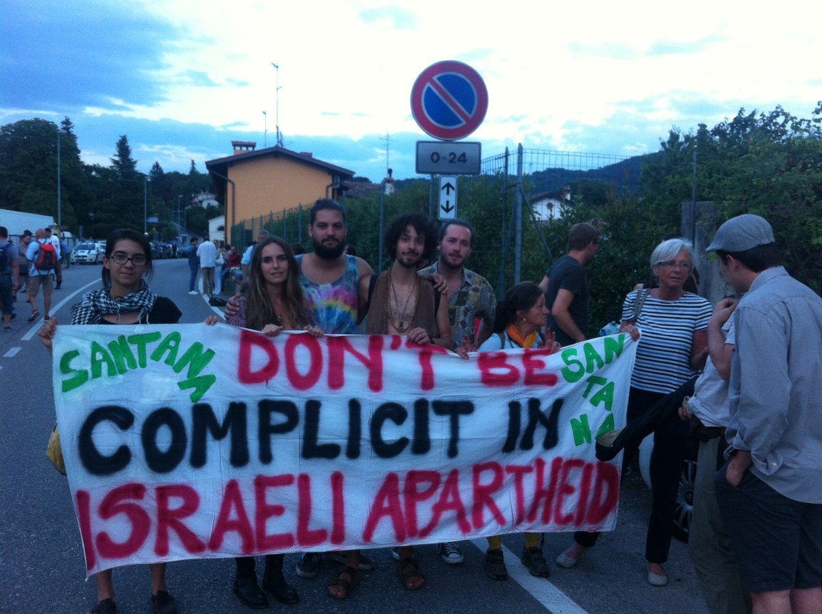 """Italians and Slovenians picket @SantanaCarlos concert in Udine: """"Don't be complicit in Israeli apartheid"""" https://t.co/PDgc6VoTx4"""