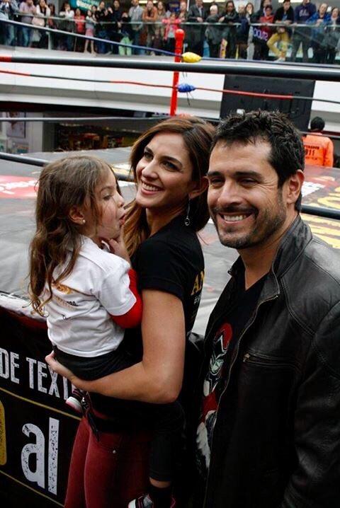 A todos los fans de la #LuchaLibre los invito a ver #ANÓNIMO #SerieWeb #México con los luchadores de @luchalibreaaa https://t.co/ojNwTH26Nx