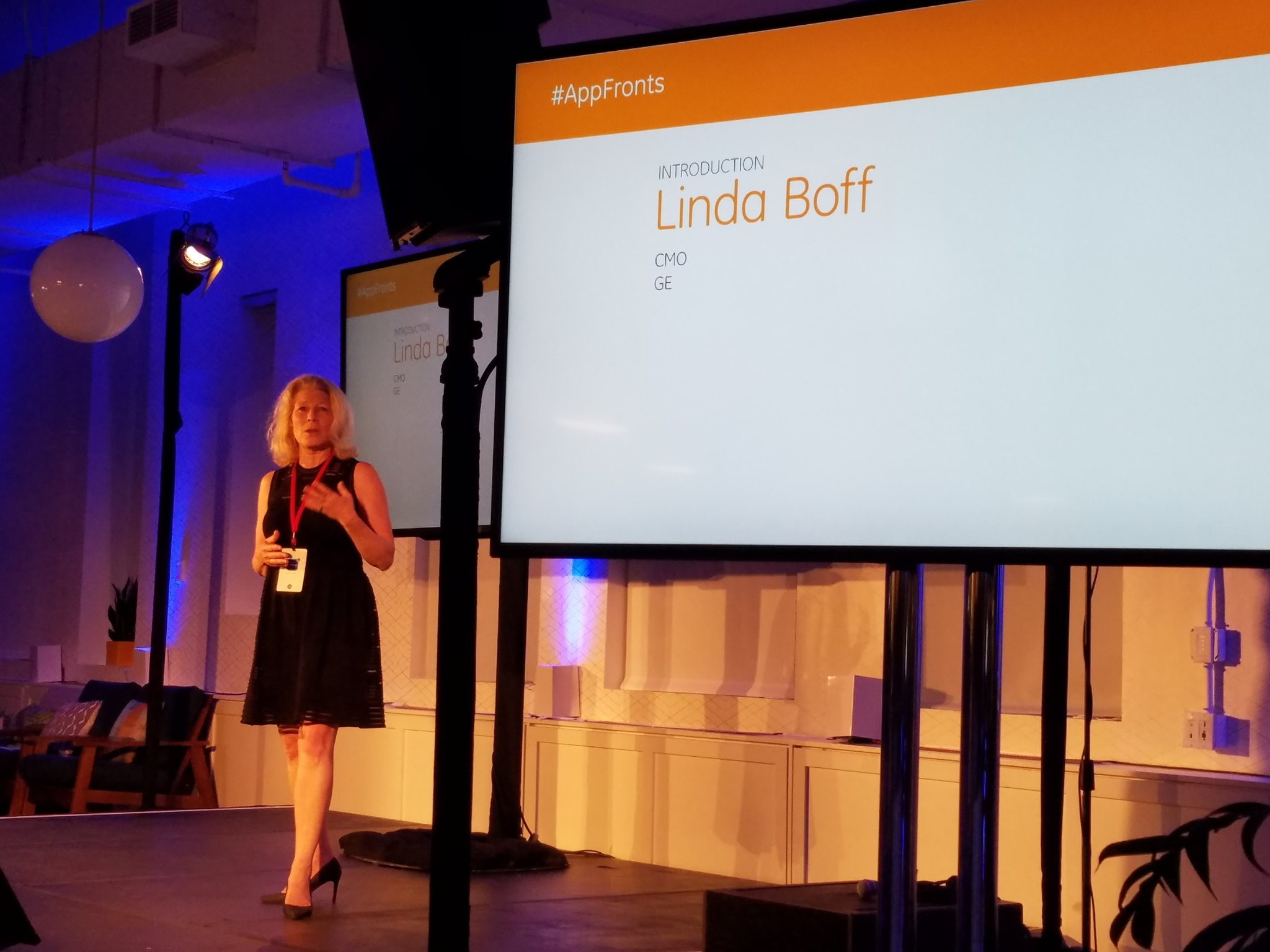 'We're innovation hunters.' @lindaboff  @generalelectric #Appfronts. On the hunt for new apps! https://t.co/qqJCmCEEX8