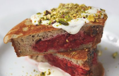 RT @TheHappyFoodie: This morning we're going back for seconds of @jamieoliver's Berry Pocket Eggy Bread. https://t.co/eqdKcAncnw https://t.…
