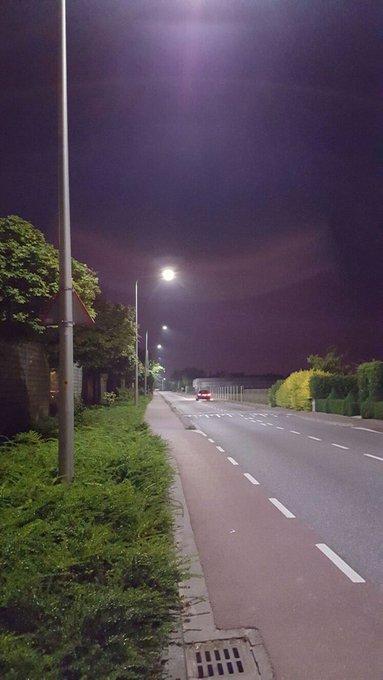 Poeldijksepad Honselersdijk is in nieuwe verlichting gestoken. Beter zicht op de weg in het donker https://t.co/raqdA8Py3s