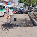 Trabajadores realizaron bacheo sobre 9 Sur Ote. Aún faltan muchas calles por rehabilitar, pero vamos avanzando. https://t.co/VGYW7z01hn