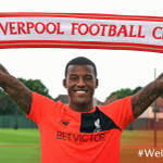 ✍ The 25-year-old midfielder has signed a long-term deal with the Reds: https://t.co/xsfd4YCCE7  #​WelcomeWijnaldum https://t.co/PEmWmSxtfW