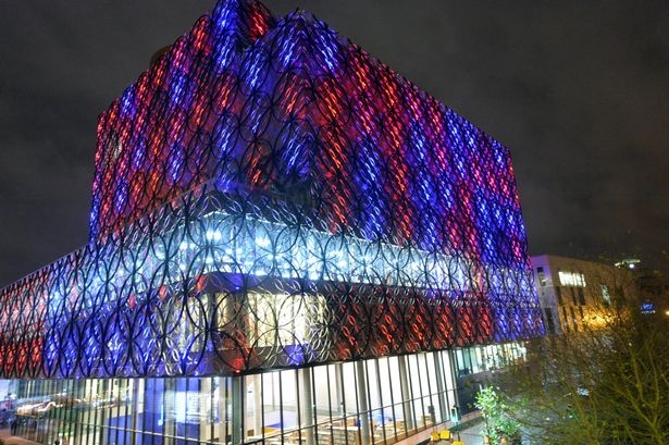The @LibraryofBham will be red, white & blue from 9pm tonight for those affected by Nice attack. #PrayForNice #brum https://t.co/BphQCR5qB8
