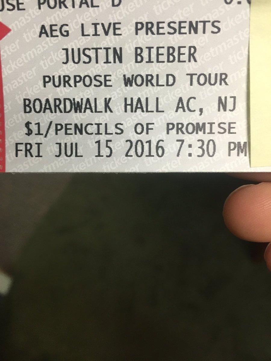 And I got my @justinbieber tickets! #PurposeTourAtlanticCity https://t.co/Zh4KsUYIqK