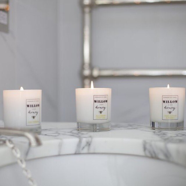 Want to #win these lovely candles? Follow @Willowhoneyuk @yespleaseblog & retweet the comp  https://t.co/TygGSiDU0C https://t.co/ctxmTM1agJ