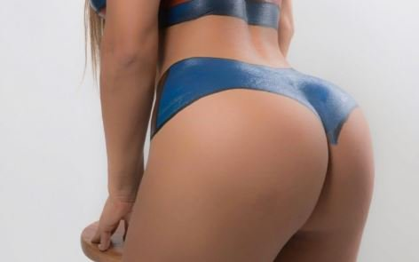 RT @officialpage3: Miss BumBum wearing nothing but body paint is as sexy as it sounds https://t.co/DnjxsKNb8H https://t.co/nmmUBgTCY3