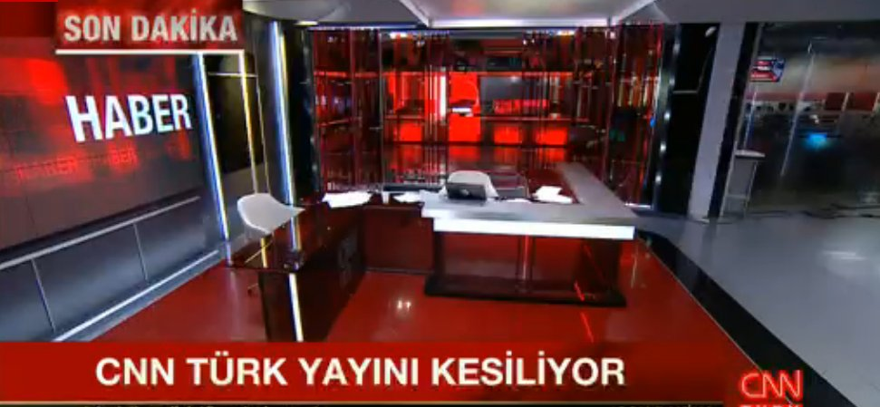 Head of @cnnturk @aktaserdogan says I will be the last to leave, turn off your computers, don't turn back https://t.co/OPz0UhHb0d